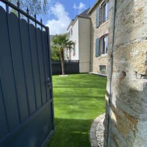entree gazon synthetique quimper capp paysage - Jardins d'ambiance